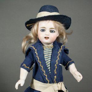 crochets de tête    pour poupées anciennes